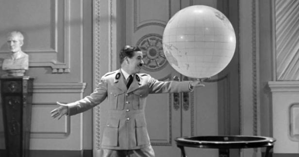 Esposito-e-ghezzi-26-Chaplin-1940-768x404.png